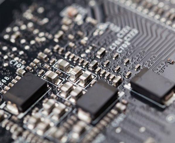 produkcja elektroniki - montaż smt
